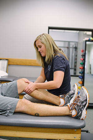 Physical therapist with client in Fairfax, VA